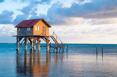 Huis in Amber Caye Belize royalty-vrije stock foto's