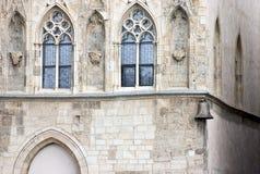 Huis bij de Klok van de Steen (U Kamenneho Zvonu) stock afbeeldingen