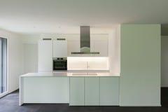 Huis, binnenlandse keuken stock afbeelding