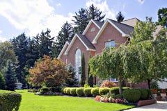 Huis in burbs Royalty-vrije Stock Afbeelding