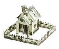 Huis dat van geld wordt gemaakt Stock Afbeelding