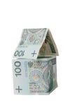 Huis dat van poetsmiddelbankbiljetten wordt gemaakt Stock Fotografie