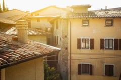 Huis in een kleine stad Tremosine Stock Afbeeldingen