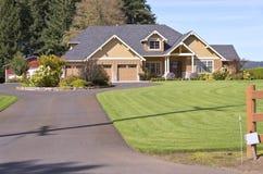 Huis in een voorstad in Canby Oregon stock fotografie
