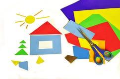 Huis en gekleurd document Stock Fotografie