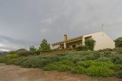 Huis in het platteland Royalty-vrije Stock Afbeeldingen