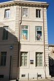 Huis in het vierkant van Daniel Sorano stock afbeelding