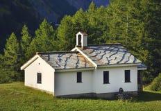 Huis & Kerk van Zermatt Stock Foto's