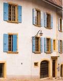 Huis met Blinden, Zwitserland Royalty-vrije Stock Afbeelding