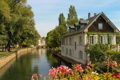 Huis op de rivier Royalty-vrije Stock Fotografie
