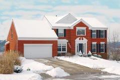 Huis op een Heuvel in de Winter Royalty-vrije Stock Foto