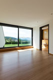 Huis, ruimte met badkamers Stock Foto's
