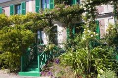 Huis van Claude Monet in Giverny stock afbeelding