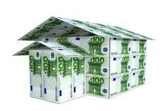 Huis van euro 3D die nota's wordt gebouwd, Stock Afbeeldingen