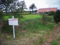 Huis voor verkoop in het Oosten Frisia Duitsland Royalty-vrije Stock Foto