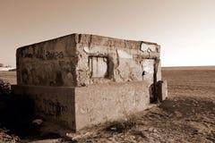 Huis in woestijn Sepia effect Stock Afbeelding