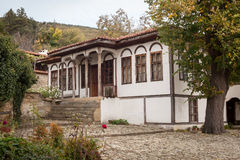 Huis in Zheravna (Jeravna) Het dorp is een architecturale reserve van Bulgaarse Nationale Heroplevingsperiode (18de en 19de centu Royalty-vrije Stock Afbeeldingen