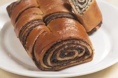 Huis zoete broodjes met papaverzaden Stock Afbeelding