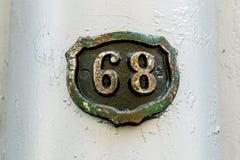 Huisnummer 68 stock afbeeldingen