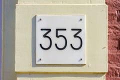 Huisnummer 353 stock afbeelding
