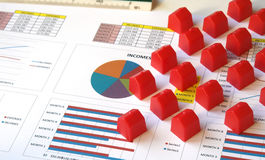 Huissleutel met de toepassing van de hypotheeklening Royalty-vrije Stock Foto