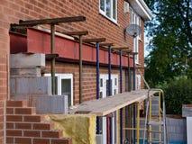 Huisuitbreiding in aanbouw Royalty-vrije Stock Afbeeldingen