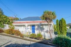 Huisvesting in Baldwin Street die in Dunedin, Nieuw Zeeland wordt gevestigd royalty-vrije stock afbeeldingen
