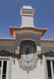 Huisvoorgevel in de stad van Sintra, Portugal royalty-vrije stock foto's