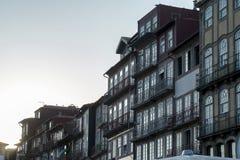 Huisvoorgevel in Porto, Portugal royalty-vrije stock fotografie