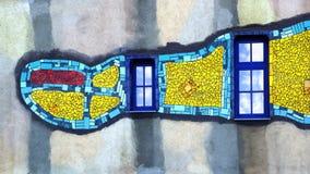 Huisvuil-verwerkend installatie die door Hundertwasser wordt gebouwd Stock Afbeelding