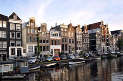Huizen in Amsterdam, Nederland Stock Fotografie