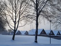 Huizen in de Sneeuw Stock Foto's
