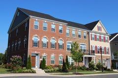 Huizen in de stad in de voorsteden van Richmond Stock Afbeeldingen