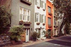 Huizen in de stad in Georgetown, Washington DC Stock Fotografie