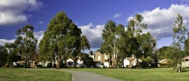 Huizen in de voorsteden Royalty-vrije Stock Foto's