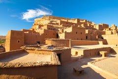 Huizen in de woestijn Stock Afbeelding