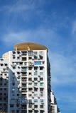 Huizen en blauwe hemel Royalty-vrije Stock Foto