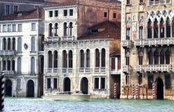 Huizen langs het Grote Kanaal, Venetië royalty-vrije stock afbeeldingen