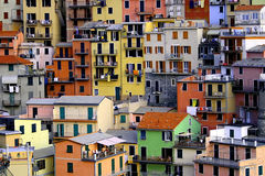 Huizen in Manarola, Cinque Terre stock afbeeldingen