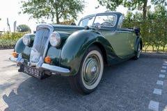 HUIZEN/NETHERLANDS-SEPTEMBER 1日2018年:壮观的观点的罕见的经典赖利RDM Cabrio从1949年在一经典汽车meetin 免版税图库摄影