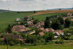 Huizen op de heuvel stock afbeelding