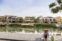 Huizen op de rivier, Royalty-vrije Stock Afbeeldingen