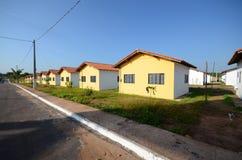 Huizen in rij Stock Afbeeldingen