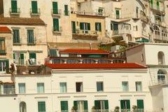 Huizen van Amalfi, Italië Stock Afbeeldingen