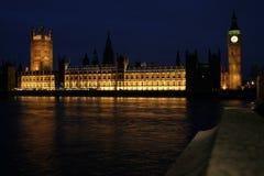 Huizen van het Parlement bij nacht Stock Fotografie
