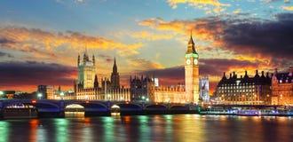 Huizen van het parlement - de Big Ben, Londen, het UK Royalty-vrije Stock Fotografie