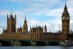 Huizen van het Parlement en de Big Ben Stock Afbeelding