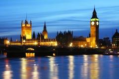 Huizen van het Parlement en de Big Ben in Londen Royalty-vrije Stock Afbeeldingen