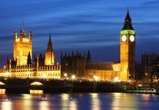 Huizen van het Parlement en de Big Ben in Londen Stock Afbeelding