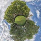 Huizen van Parlaiment in het park, - 360 graadpanorama Stock Foto